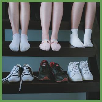 Pocenie Stóp może być objawem grzybycy stóp